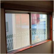 リフォームに役立つ窓枠塗装のDIY